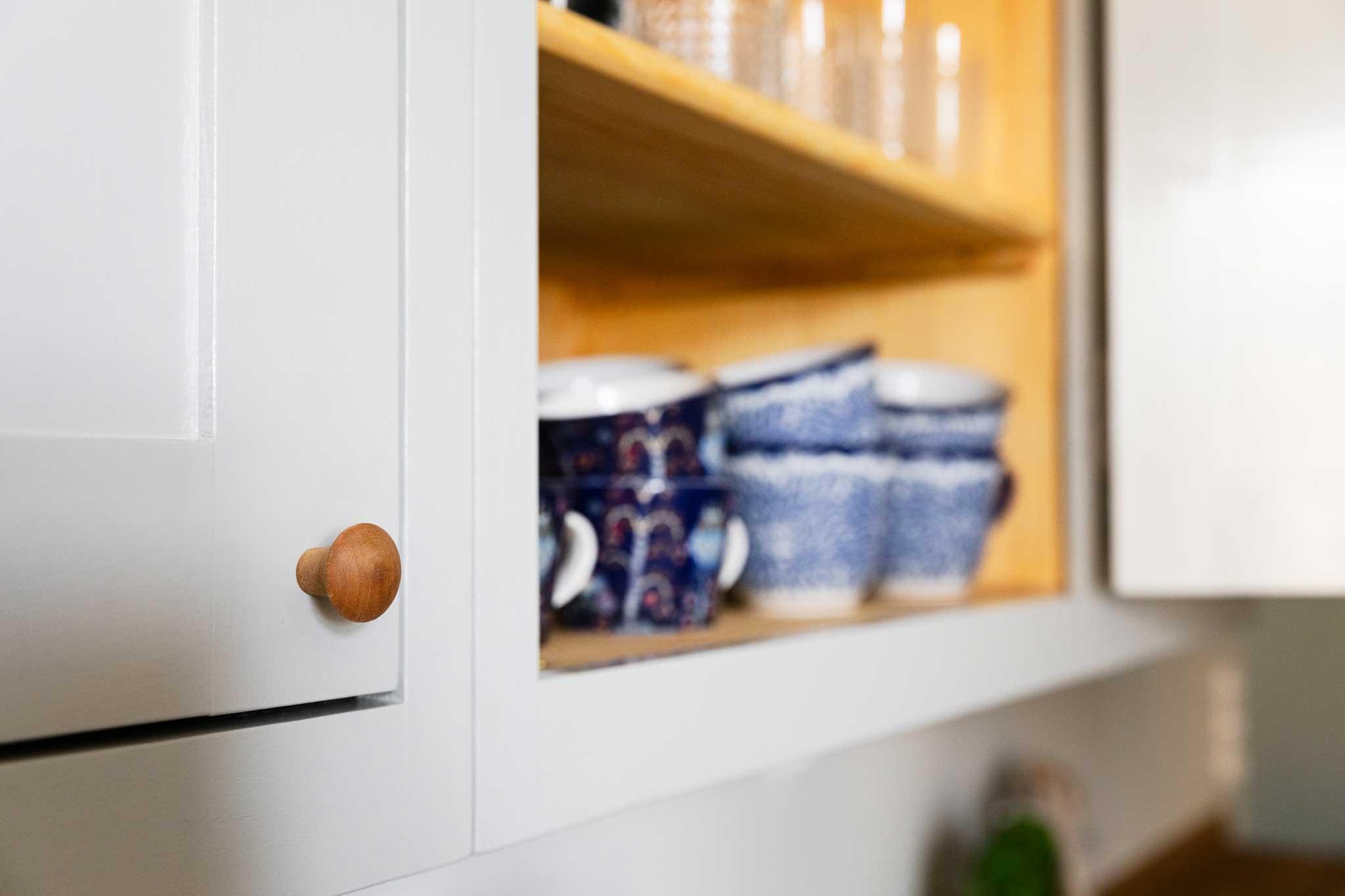 Köksinspiration väggskåp kök i majorna från Skandinaviska Shakerkök